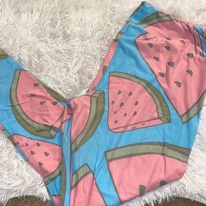 LuLaRoe Tall & Curvy Watermelon Leggings